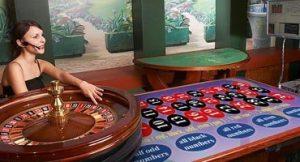 Dealer en direct blackjack en ligne semble toujours être populaire