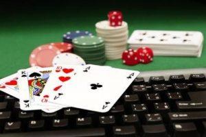 Examinateurs analysent l'industrie jeux hasard en ligne