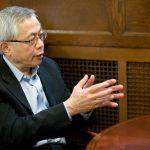 Profesor de De Paul ofrece consejos a los asiduos de casinos